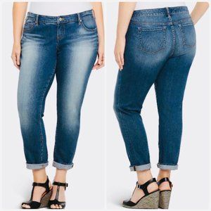 Torrid Boyfriend Jeans - Plus Size 22R, Medium Wash